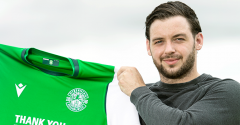 DREY WRIGHT SIGNS FOR HIBERNIAN
