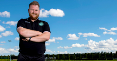 ROBERTS LOOKING FORWARD TO FACING CELTIC AT EASTER ROAD